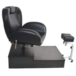 כיסא פדיקור שחור מפואר על במה + רגלית